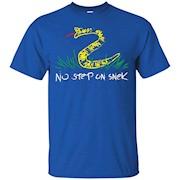 No Step on Snek shirt – T-Shirt