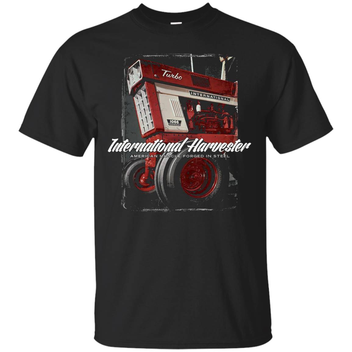 IH 1066 Tractor- American Muscle – T-Shirt