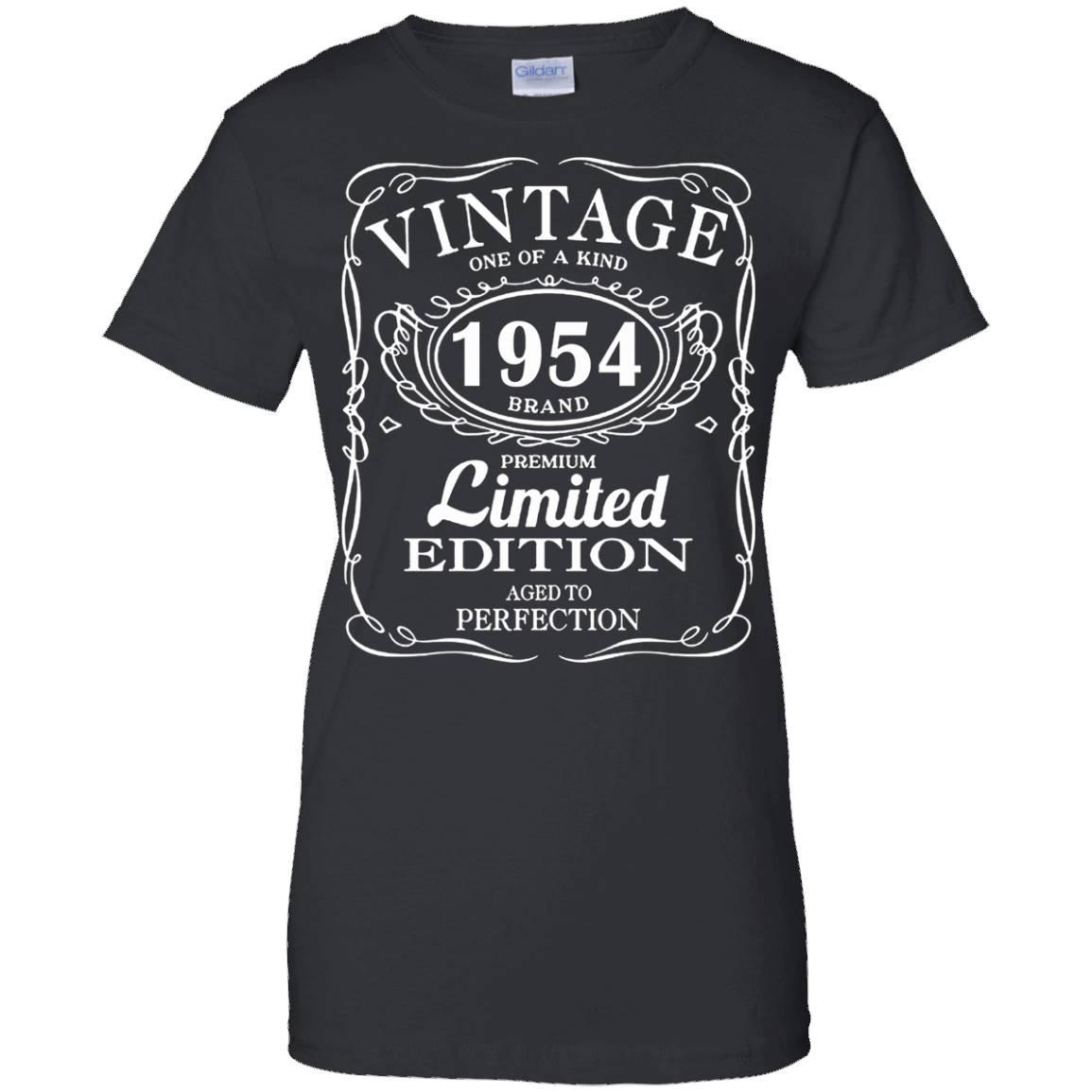 Born in 1954 Tshirt 63th Birthday 63 Years Gift – T-Shirt
